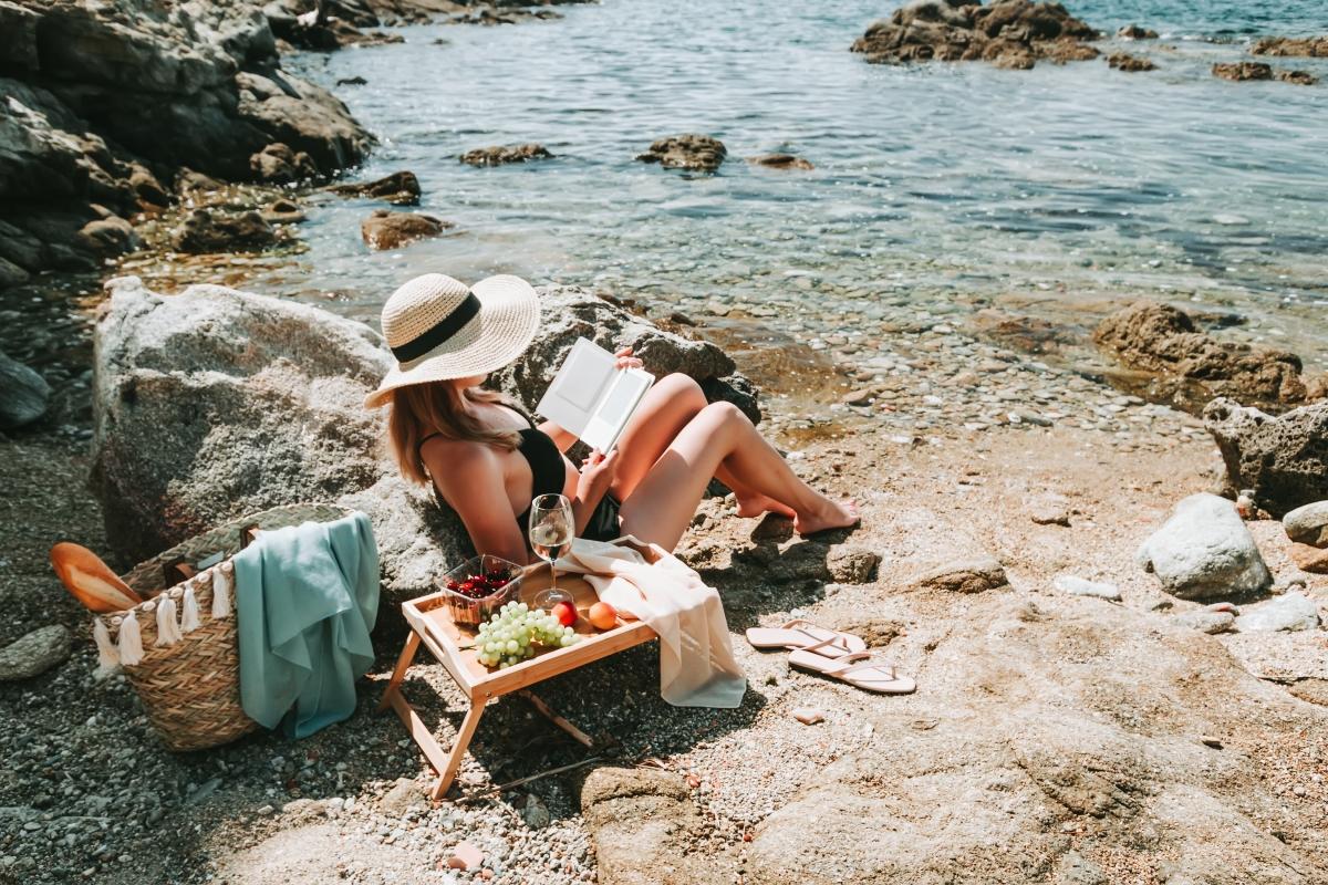 A Mid-Summer 5 Bookslist